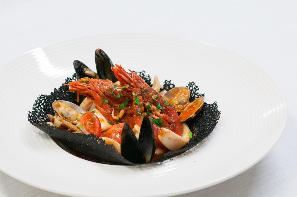 Cassuoletta Di Pesce Su Corallo Nero Hotel 4 Stelle Resort Mare